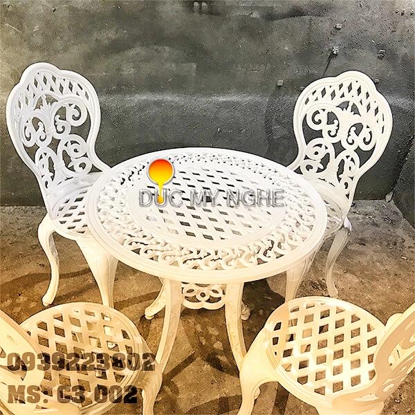 Bàn Ghế Sân Vườn Nhôm Đúc Cổ Điển - Khách Sạn Biệt Thự BGN003 - Hình 2