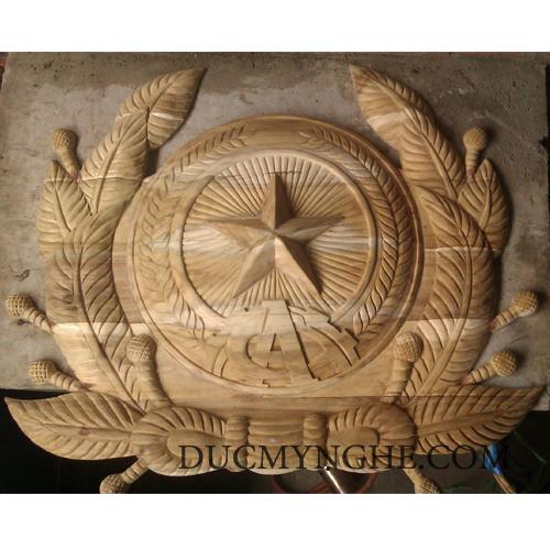 Huy hiệu công an quân đội đúc bằng đồng thau đánh bóng vàng 18k BHLG001 - Hình 3