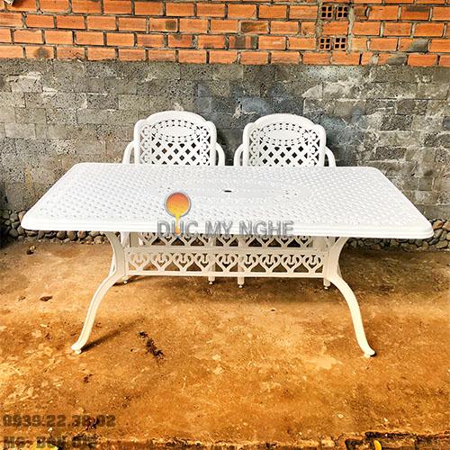 Bàn Ghế Ăn Ngoài Trời Nhôm Đúc - Biệt Thự Nhà Hàng BGN016 - Hình 7