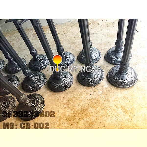 Chân Bàn Bar Highlands Coffee Đế Tròn Hoa Văn Cổ Điển Gang Đúc CB002 - Hình 6