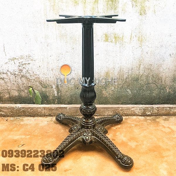 Chân Bàn Nhà Hàng - 4 Nhánh Hoa Văn Gang Đúc Cổ Điển C4025 - Hình 1