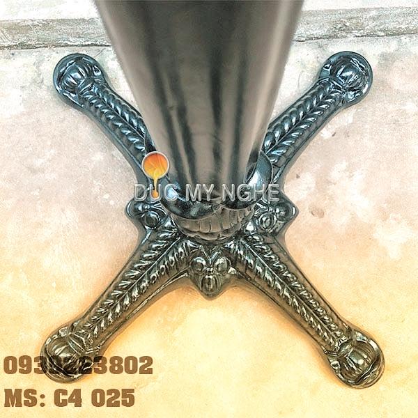 Chân Bàn Nhà Hàng - 4 Nhánh Hoa Văn Gang Đúc Cổ Điển C4025 - Hình 5