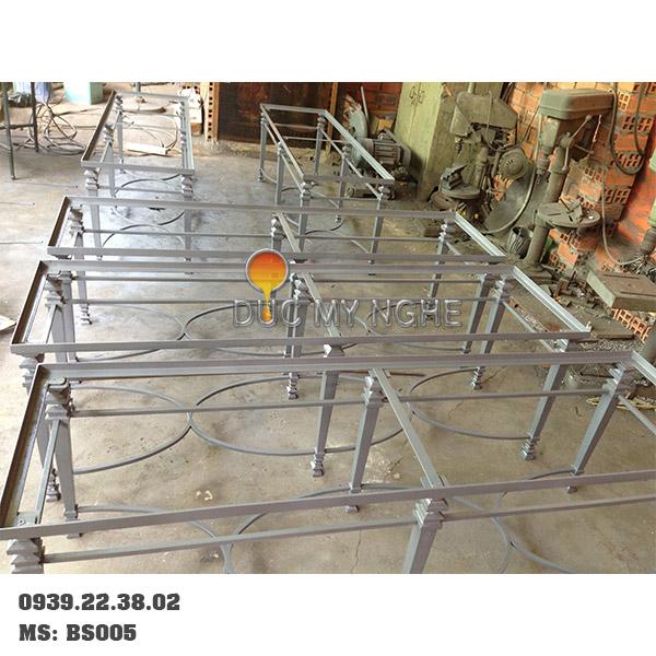 Chân Bàn Sofa Sắt Khung Chữ Nhật Chân Gang Đúc BS005 - Hình 4