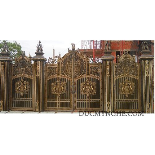 Cửa cổng Nhôm đúc CN004 - Hình 3