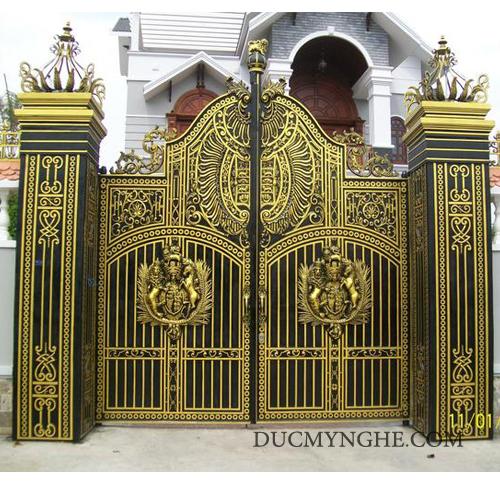 Cửa cổng Nhôm đúc CN004 - Hình 4