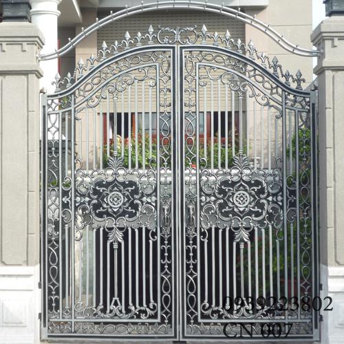 Cửa cổng Nhôm đúc CN007 - Hình 1