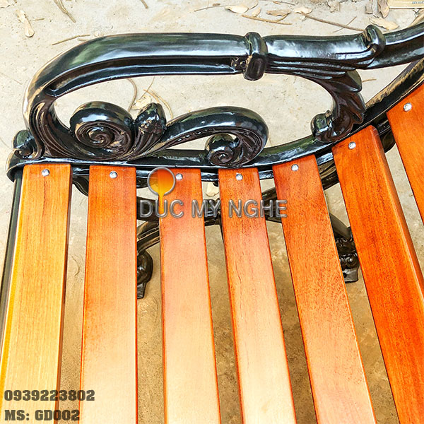 Ghế Băng Công Viên Gang Đúc Ngoài Trời Sắt Nẹp Gỗ Căm Xe Mẫu Đẹp Nhất Tphcm GD002 - Hình 4
