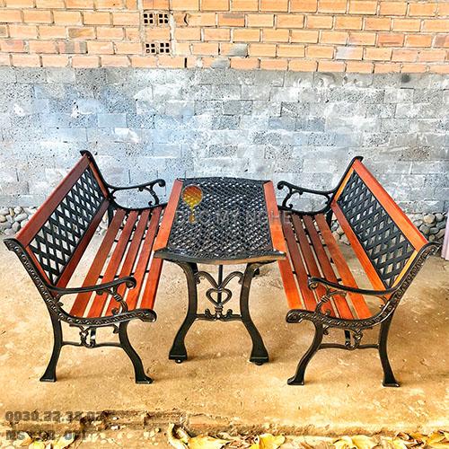 Ghế Băng Dài Gỗ Căm Xe Gang Đúc Công Viên Ngoài Trời Sân Vườn GD001 - Hình 8