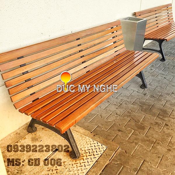 Ghế Băng Dài Công Viên Gang Đúc Đẹp Ngồi Chờ Gỗ Ngoài Trời Không Tay Vịn GD006 - Hình 5