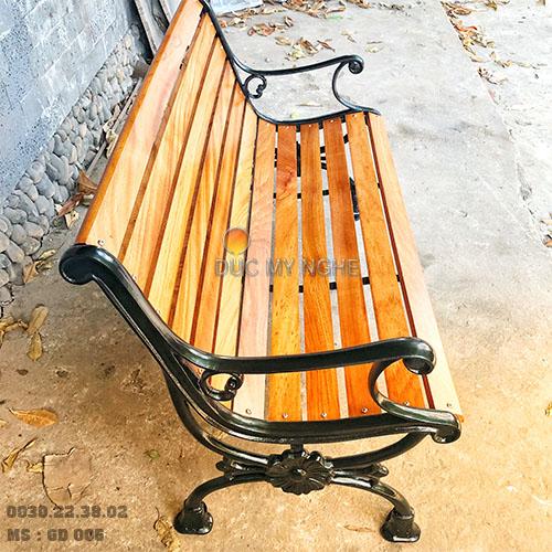 Ghế Công Viên Gang Đúc Thanh Ngồi Gỗ Căm Xe Ngoài Trời Sân Vườn Giá Rẻ Nhất Tphcm GD005 - Hình 3