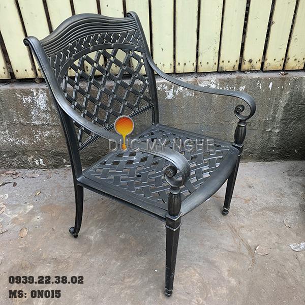 Ghế Nhôm Đúc Ngoài Trời Có Tay Vịn Cafe Nhà Hàng Khách Sạn GN015 - Hình 1