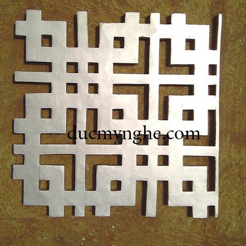 Hoa văn đúc nhôm trang trítrí nhôm đúc dày 20mm sơn màu bạc rất bền DN001 - Hình 1