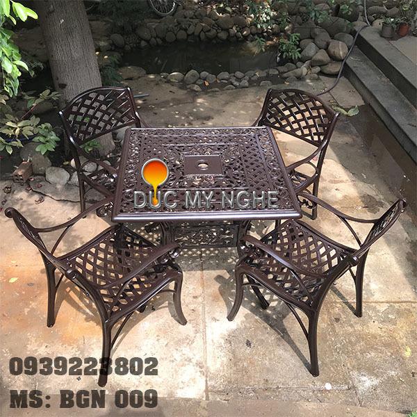 Bàn Ghế Hợp Kim Nhôm Đúc Sân Vườn Ngoài Trời Nhà Hàng BGN009