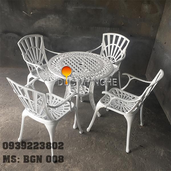 Bàn Ghế Ngoài Trời Hợp Kim Nhôm Đúc - Gia Đình Nhà Hàng Khách Sạn BGN008