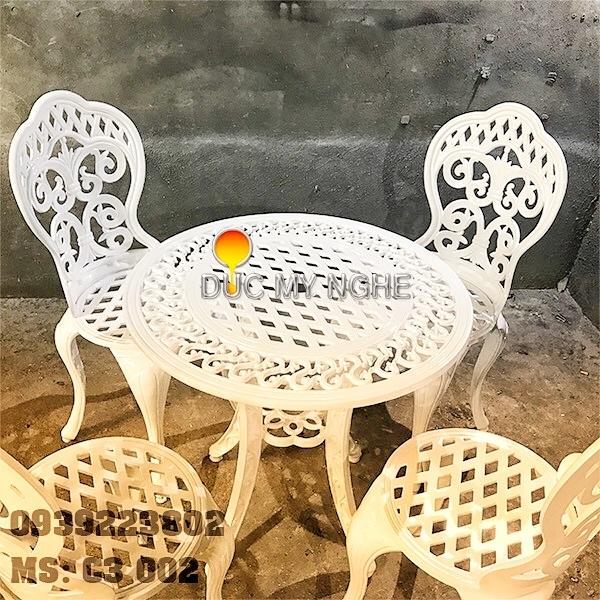 Bàn Ghế Sân Vườn Nhôm Đúc Cổ Điển - Nhà Hàng Khách Sạn Biệt Thự BGN003