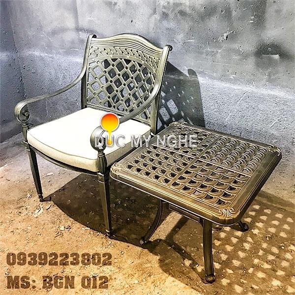 Bộ Bàn Ghế Phòng Khách Sạn Resort Hồ Bơi Ngoài Trời Nhôm Đúc BGN012