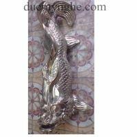 Cá chép phun nước tiểu cảnh đúc bằng đồng cho khách sạn Majestic TD005