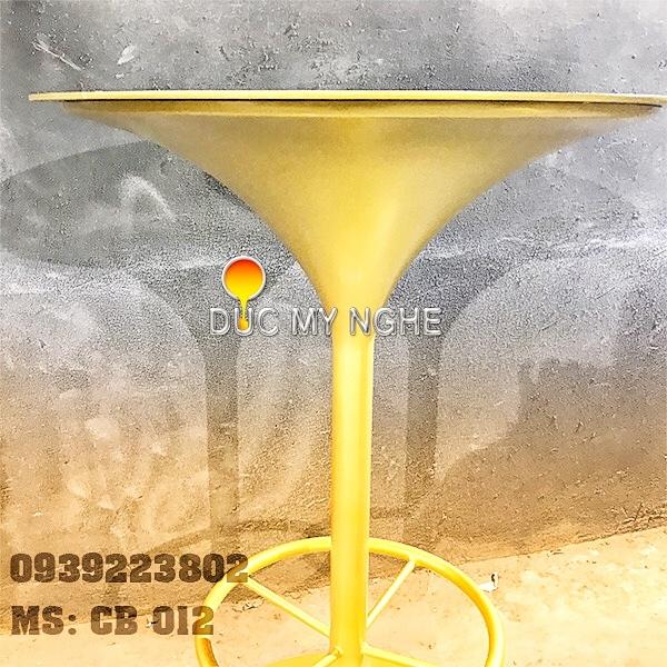 Chân Bàn Cafe Bar Nhà Hàng Đế Tròn Tulip Gang Đúc CB012