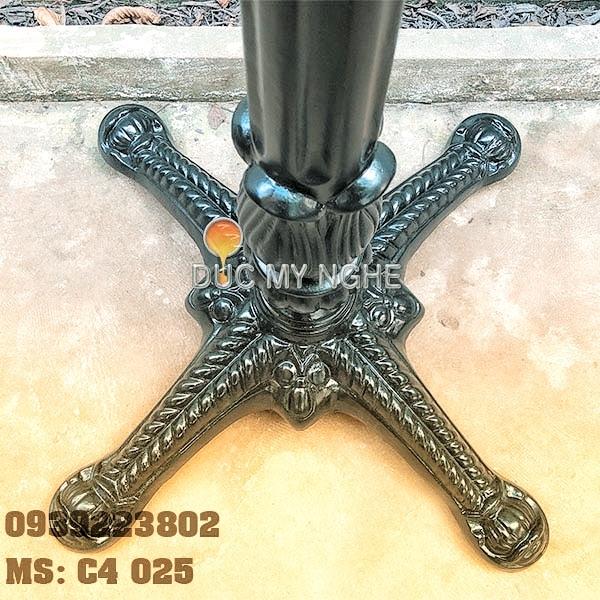 Chân Bàn Nhà Hàng - 4 Nhánh Hoa Văn Gang Đúc Cổ Điển C4025