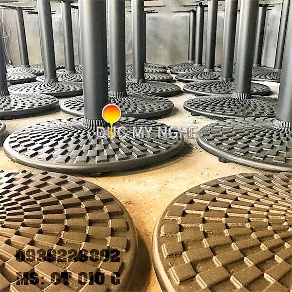 Chân Bàn Nhà Hàng Sắt Ống Đế Tròn 650mm Gang Đúc CT010C