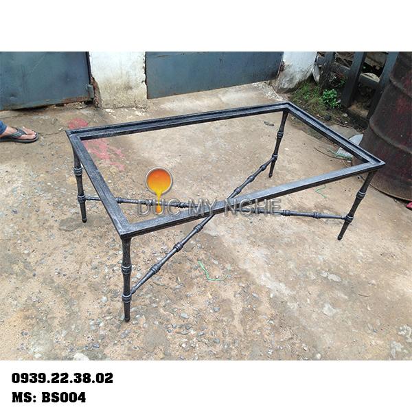 Chân bàn sofa cổ điển nhôm đúc mặt chữ nhật sơn giả cổ bạc BS004