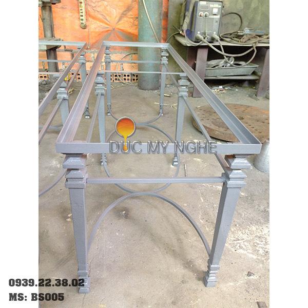 Chân Bàn Sofa Sắt Khung Chữ Nhật Gắn Mặt Đá Gỗ Chân Gang Đúc BS005