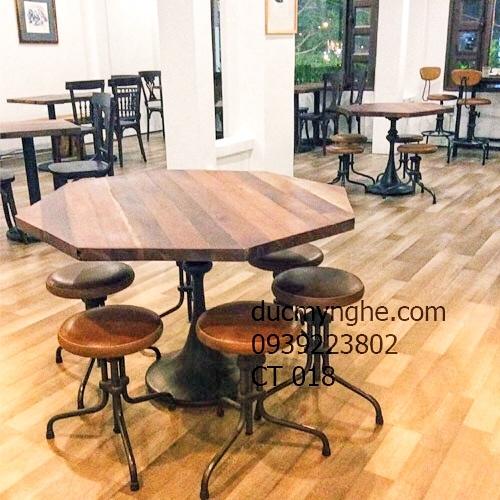 Chân Bàn Tulip Cafe Bistro Nhà Hàng - Gang Đúc CT018