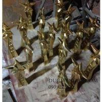 Cúp đúc đồng ngôi sao trao giải doanh nhân đạt danh hiệu suất sắc CD007