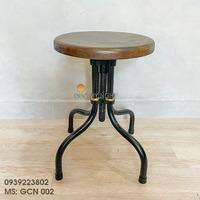 Ghế Cafe Chân Sắt Mặt Gỗ Sồi Đẹp Giá Rẻ Phong Cách Cổ Điển Vintage GCN002