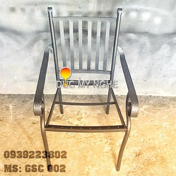 Ghế Sắt Cafe Gỗ Nhựa Ngoài Trời Thép Cán Sơn Tĩnh Điện GS002