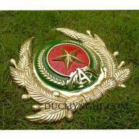 Huy hiệu công an quân đội đúc bằng đồng thau đánh bóng vàng 18k BHLG001