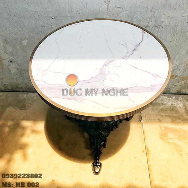 Mặt Bàn Đá Marble Cafe Viền Đồng Liền Khối Bảo Vệ Đá MB002