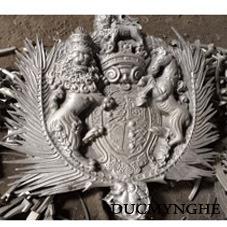 Tại Sao Đại Gia Việt Nam Lại Thích Cửa Cổng Nhôm Đúc Buckingham?